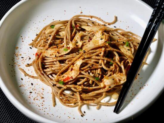 sauteed-abalone-paua-garlic-chilli-soba-noodles
