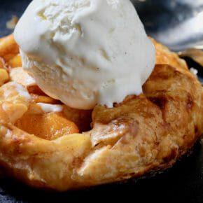 Apple and peach pastry with vanilla ice cream Dessert
