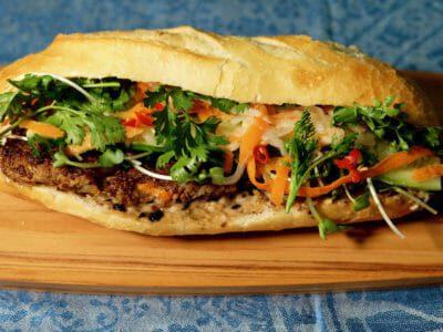 vegetarian-banh-mi-chay