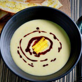 sweet-corn-soup-paprika-drizzle-corn-potage