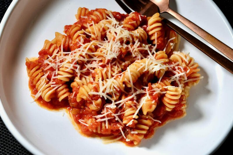Fusilli in tomato sauce Featured-Recipes Inspired by the flavors of the Mediterranean Main Course Vegetarian Vegetarian