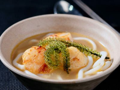 udon-noodles-in-salmon-head-broth-with-seared-scallops