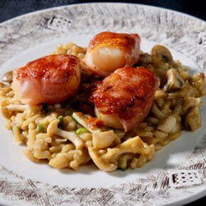 mushroom-risotto-with-scallops