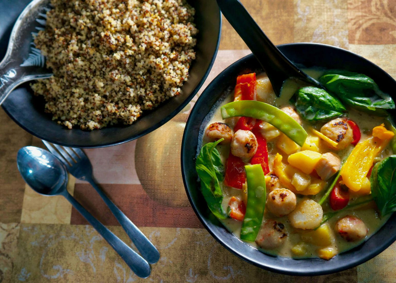 thai-seafood-green-curry-with-quinoa
