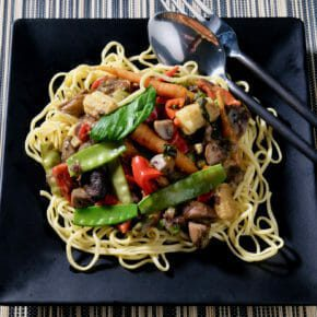 Vegetable green curry on egg noodles Featured-Vegetarian Inspired by the flavors of Asia Main Course Vegetarian