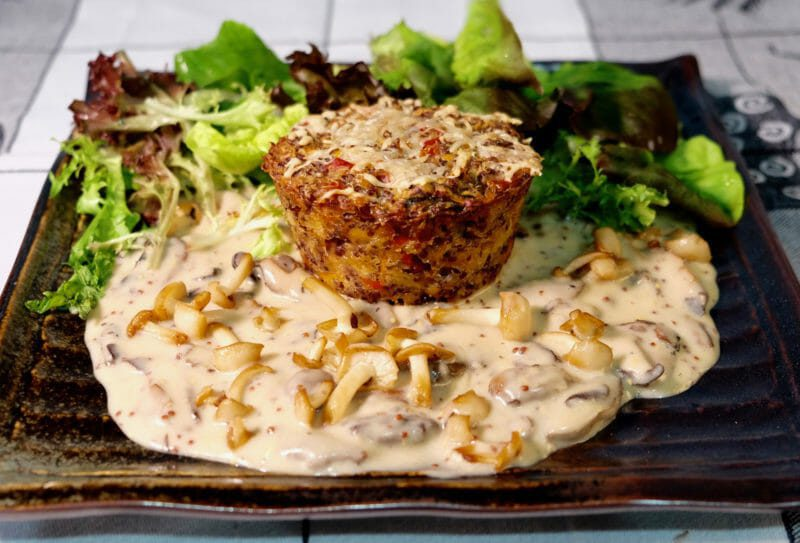 quinoa-vegetable-muffins-mushroom-mustard-sauce
