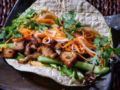 vietnamese-braised-pork-banh-mi-tacos
